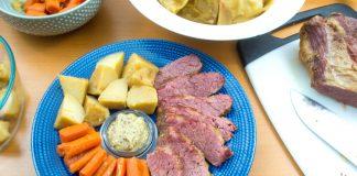 Crock Pot Corned Beef & Cabbage from domesticsoul.com