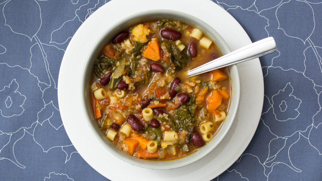 Gluten Free Minestrone Soup Recipe from domesticsoul.com